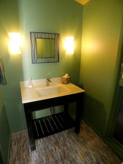 Contemporary Bathroom by InHouse Design Studio