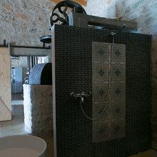 Mediterranean Bathroom by Rozenkelim