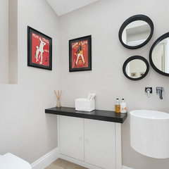 modern bathroom by MDSX Contractors Ltd