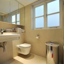 Modern Bathroom by MDSX Contractors Ltd
