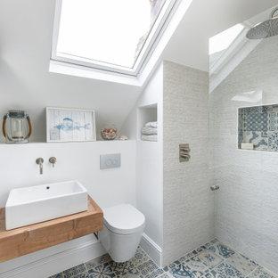 Свежая идея для дизайна: ванная комната в викторианском стиле - отличное фото интерьера