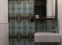 I love the wall around the wash hand basin.