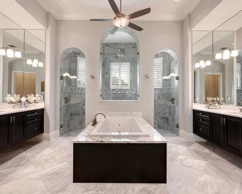 Naples Spacious Granite Master Bath