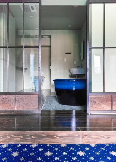 浴室 by blue studio