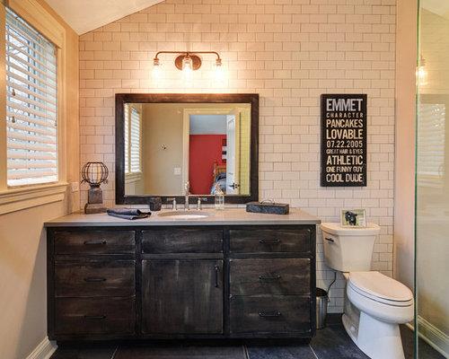 industrial badezimmer mit wandtoilette mit sp lkasten. Black Bedroom Furniture Sets. Home Design Ideas