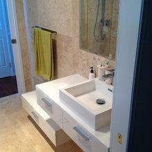 Comtempary bathroom