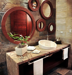 tropical bathroom by NG Arquitecta
