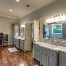 Craftsman Bathroom by Brickmoon Design