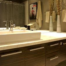 Eclectic Bathroom by Heather Merenda