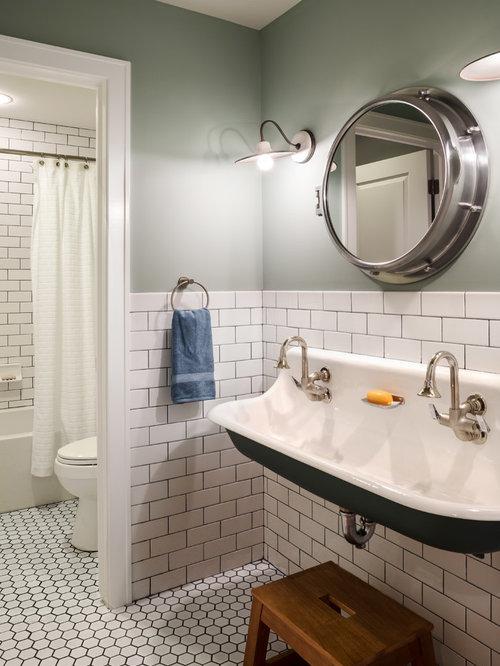 best farmhouse kids bathroom design ideas & remodel pictures | houzz
