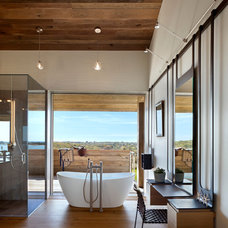 Transitional Bathroom by Bates Masi Architects LLC