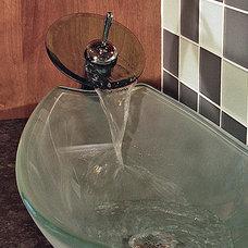 Modern Bathroom by beTM interior design & project management
