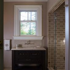 Traditional Bathroom by EJ Interior Design, Eugenia Jesberg