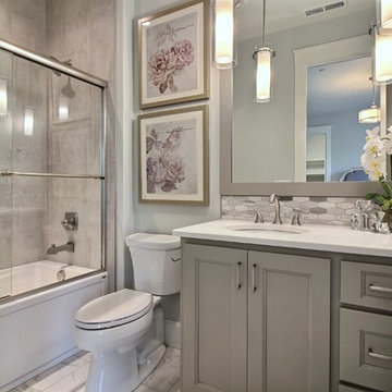 Girl's Bathroom Suite : The Cadence : 2018 Parade of Homes