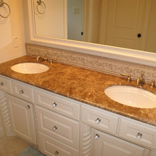 Traditional Bathroom by DeCavitte Properties