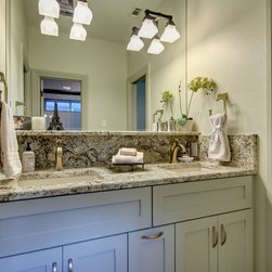 46 Austin Bath Design Photos with Granite Countertops, an Undermount