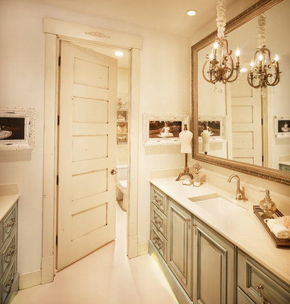 Traditional Bathroom by Designs by Craig Veenker
