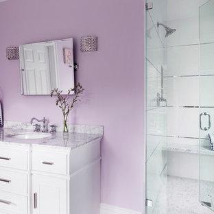 Glamorous Little Girl's Bath