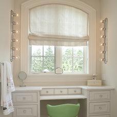 Traditional Bathroom by Chervin Kitchen & Bath Inc.