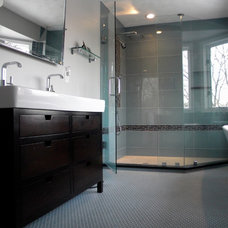 Contemporary Bathroom by Jessica Curry, CKD
