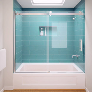 GlassCrafters' Acero Series - Frameless Shower Enclosure - Tub assembly