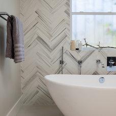 Modern Bathroom by Larson Shores Architects