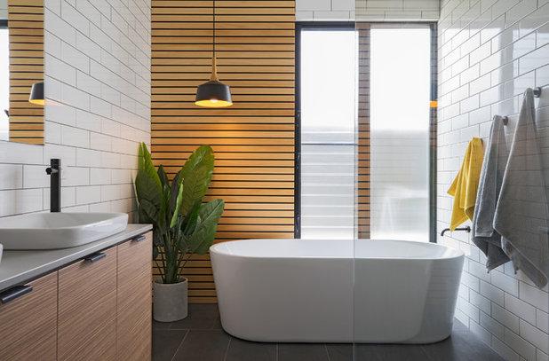 Contemporary Bathroom by Hastings Design