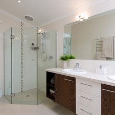 Contemporary Bathroom by Brilliant SA