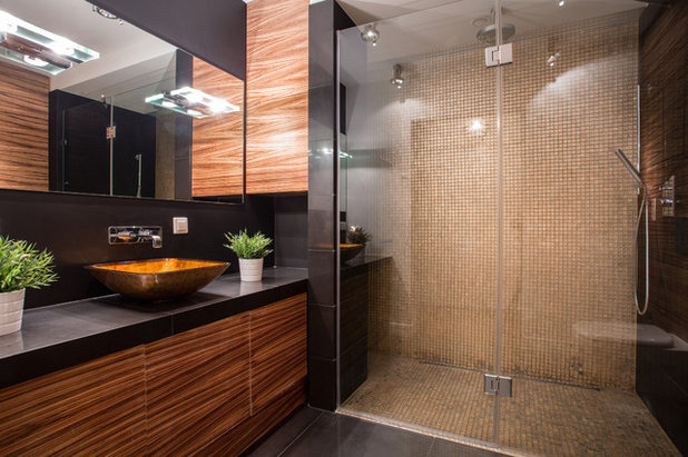 Modern Bathroom by Beaumont Tiles