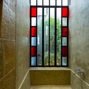 Idéer för ett eklektiskt badrum