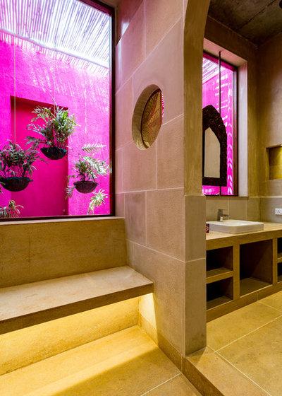 Eclectic Bathroom by Shabnam Gupta