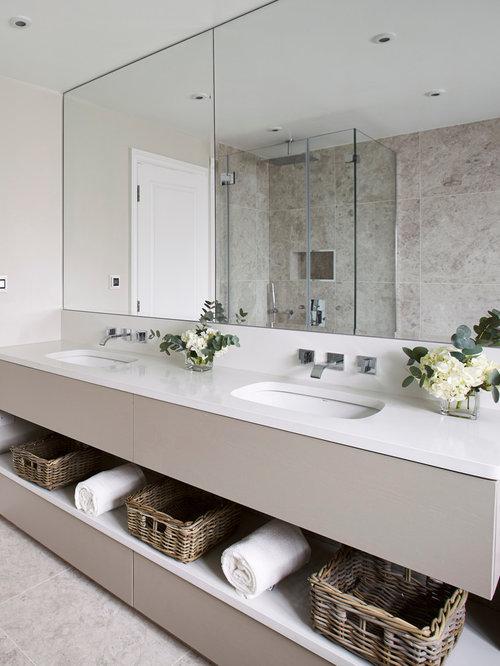 salle de bain avec un sol en travertin photos et id es d co de salles de bain. Black Bedroom Furniture Sets. Home Design Ideas