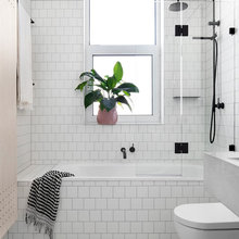 Solutions to 9 Big Problems in Small Bathrooms