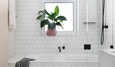 9 Small Bathroom Challenges and How to Solve Them