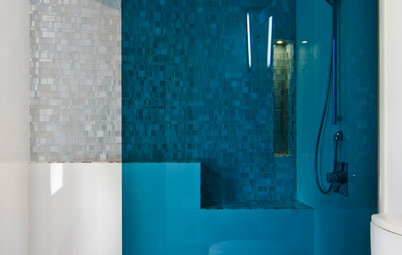 Modern Bathroom Essential: Know Your Options for Shower Glass