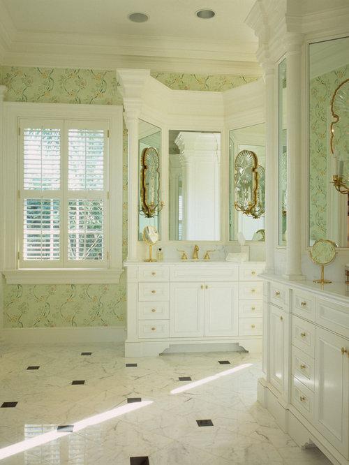 Golf course bathroom design ideas remodels photos for Bathroom design courses