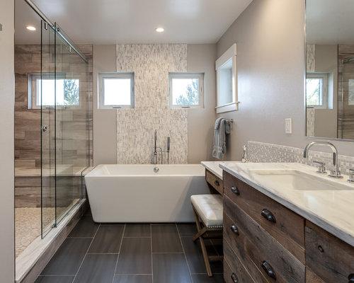 Badezimmer ideen mit holzboden: grosszuegige master bad mit ...