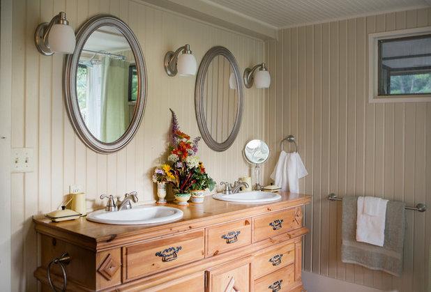 Farmhouse Bathroom by Connie Cunningham Designs & B&B