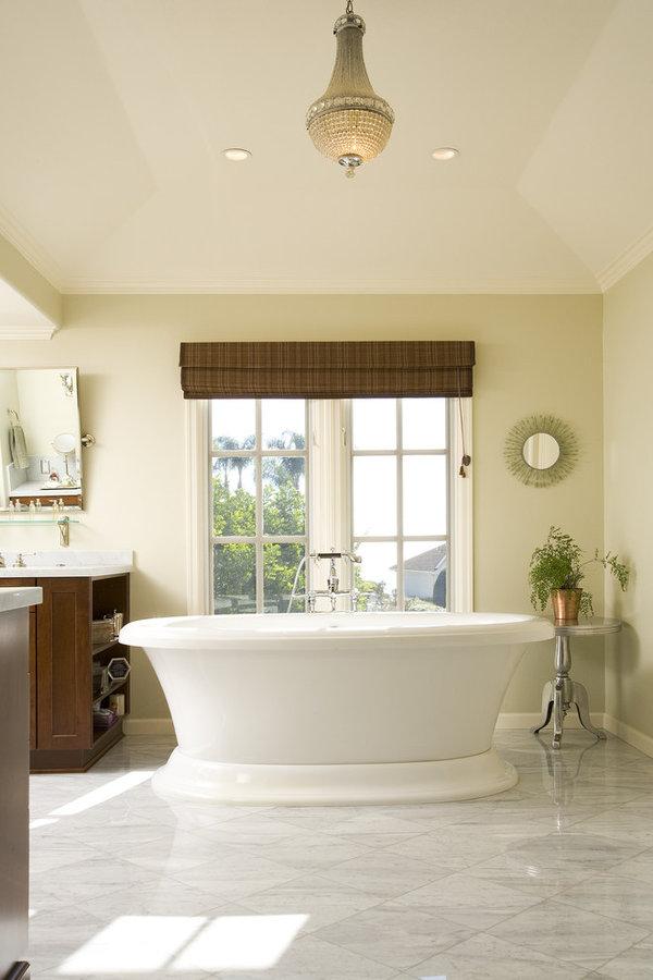 Grand Master Bath