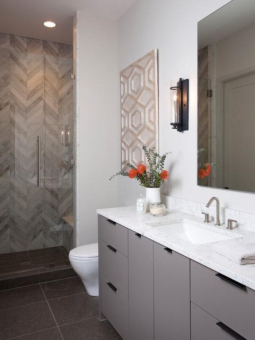 fabulous imagen de cuarto de bao con ducha moderno de tamao medio con armarios with azulejos para cuartos de bao modernos - Azulejos Cuarto De Bao