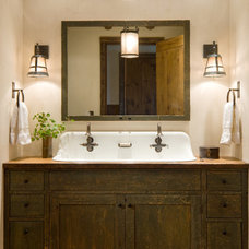 Rustic Bathroom by MILLER ARCHITECTS PC