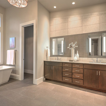 Greater Seattle Area | The Amsterdam Master Bathroom