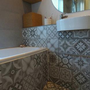 GREY MEDITERRANEAN TILES BATHROOM