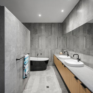 Mid Sized Trendy Master Gray Tile And Ceramic Floor Bathroom