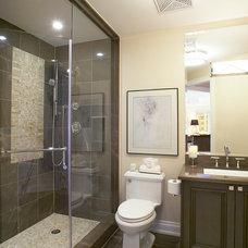 Contemporary Bathroom by Jacqueline Glass and Associates