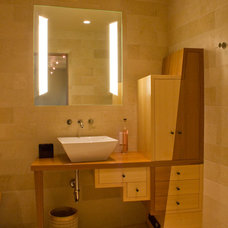 Asian Bathroom by Jochum Architects