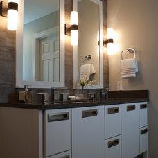 Modern Bathroom by Marcelle Guilbeau, Interior Designer