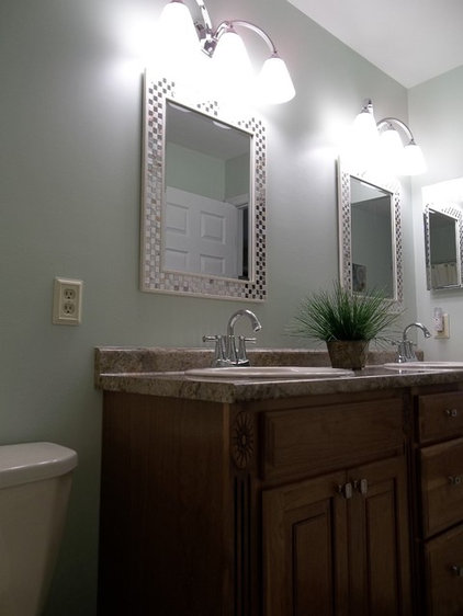 Traditional Bathroom by Kitchen / Fashion Plumbing Dept.
