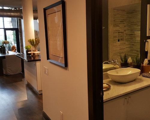 Small 4 piece bathroom design ideas remodels photos for 3 piece bathroom ideas