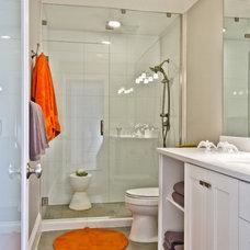 Contemporary Bathroom by Hobus Homes